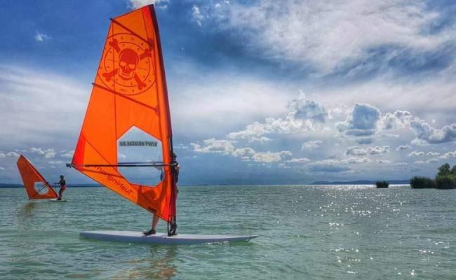 Szörfiskola a Balatonon