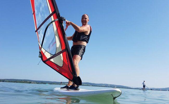 Szörf kölcsönzés a Balatonon