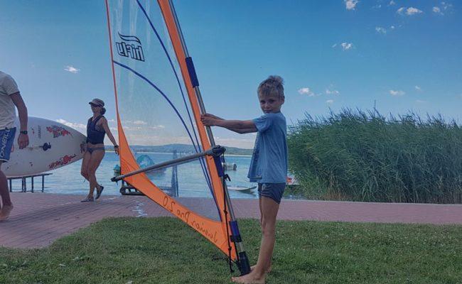 Gyerek szörf oktatás