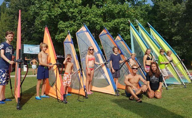 Csoport kép, szörf tanfolyam 2017 nyarán